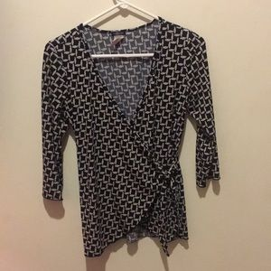 Maurices Tops - Maurice's women's blouse size M
